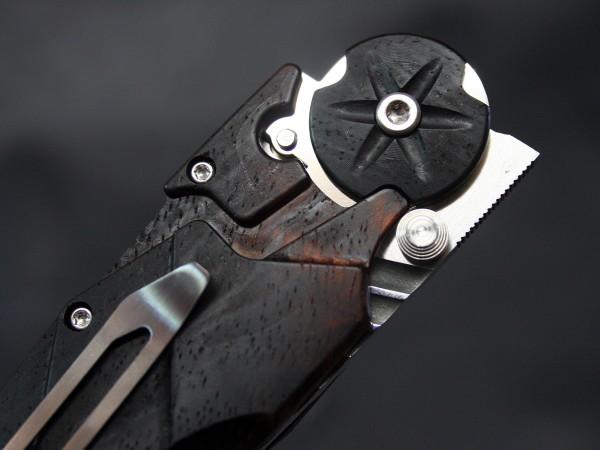 KABUTO WOOD - Dew HARA knives