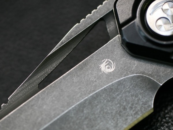 RAIKIRI -雷切- Dew HARA Custom Tactical Folding Knife